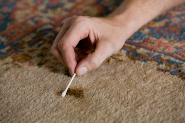 Spot Cleaning Oriental Rugs | Grillo