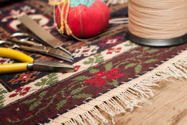 The end of this rug has been properly conserved to give years of service.